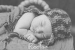 Thumb_remi_galyan_newborn-78